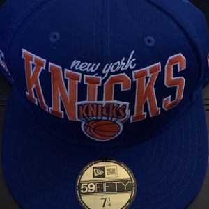 New York Knicks fitted cap size 7 1/4